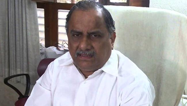 Mudragada Padmanabham Fires on CM Chandrababu Naidu - Sakshi
