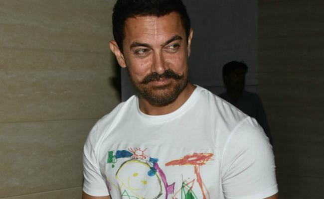 Aamir Said How Industry Reacts About 1996 Mumbai Riots - Sakshi