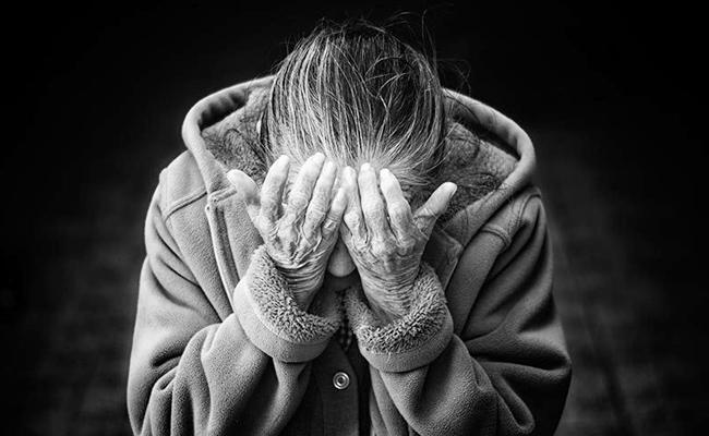 Molestation On Oldwoman In Renigunta Chittoor - Sakshi