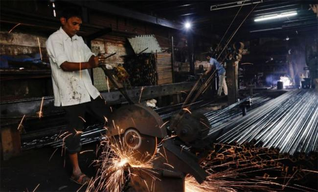 Moodys Cuts Indias Growth Forecast To 7.3% From 7.5% - Sakshi