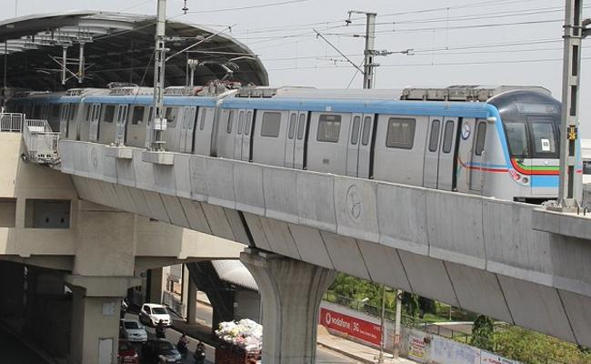 Special coach in Hyderabad Metro for women - Sakshi