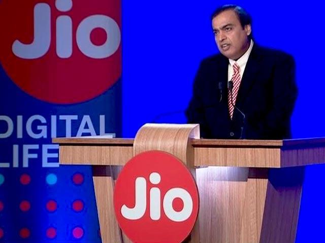 Jio Fiber Now Offering Up to 1-1TB of Free Data Per Month - Sakshi