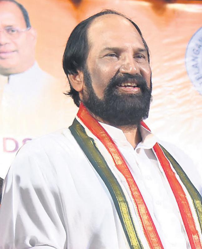 Uttam Fire On TRS Government - Sakshi
