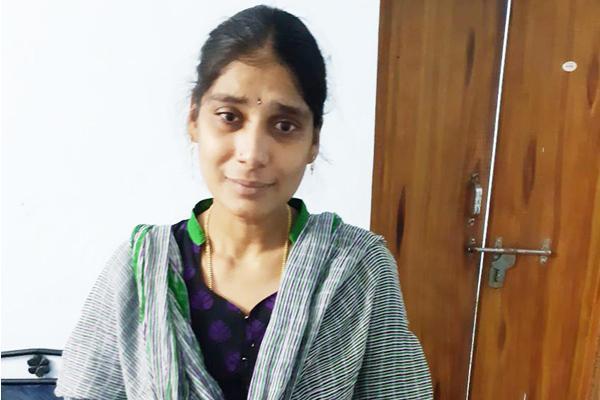 SBI cashier wife Manjulatha arrested - Sakshi