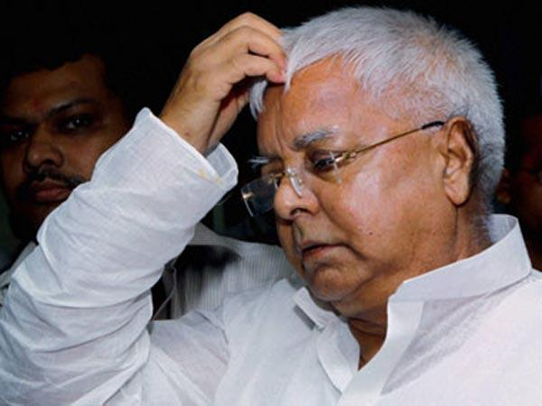 All Out War in Lalu Prasad Yadav's Family - Sakshi