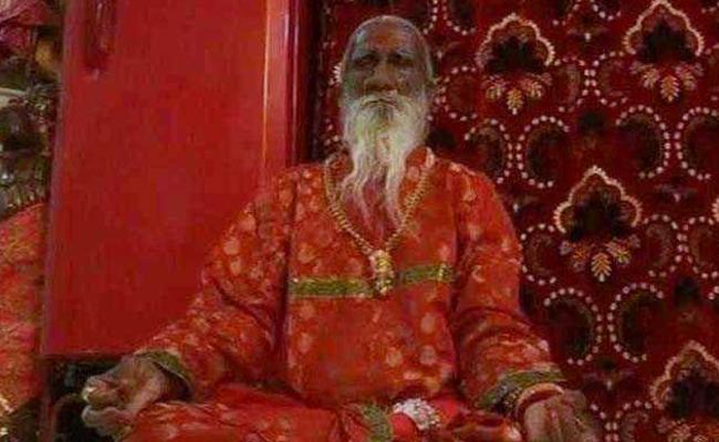 Mehsana Yogi Leaves Without Food And Water - Sakshi