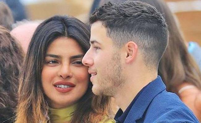 Priyanka Chopra And Nick Jonas Attend A Family Wedding Together - Sakshi