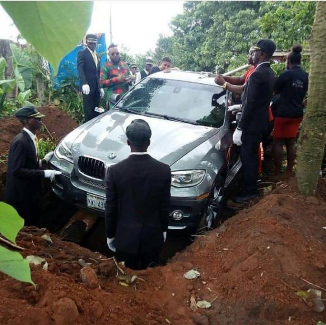 Nigerian man buries his father in a brand new BMW - Sakshi