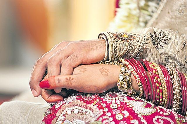NRI Marriages Need To Be Registered Within 7 Days - Sakshi