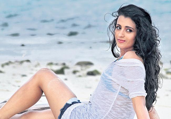 15 years of Trisha Krishnan in movie industry - Sakshi