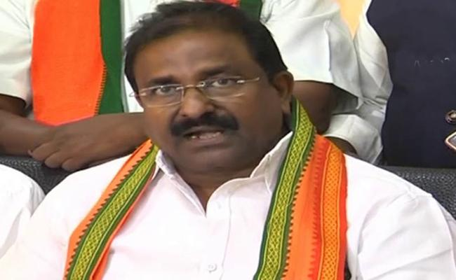 Somu veerraju Slams Chandrababu Corruption - Sakshi