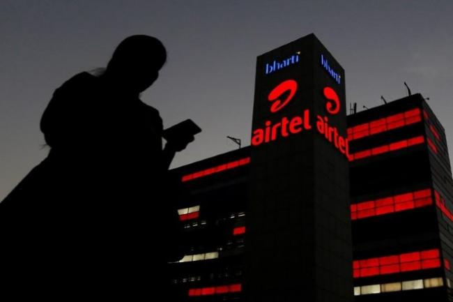 Airtel Rs 597 Recharge Plan Launched to Take On Jio - Sakshi