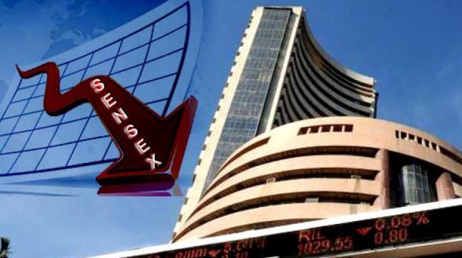 Sensex Falls Over 260 Pts Amid US-China Trade Tensions - Sakshi