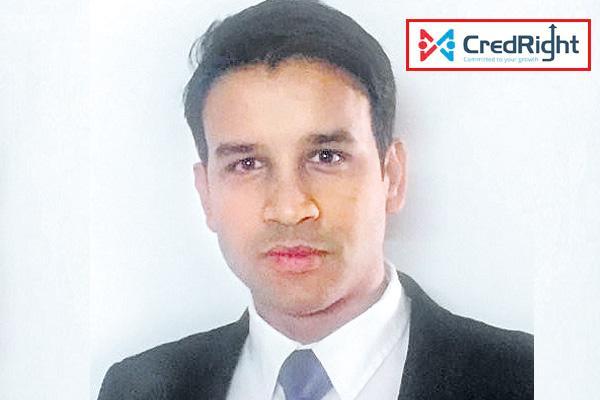 Credright Founder Neeraj Bhansal with startup diary - Sakshi