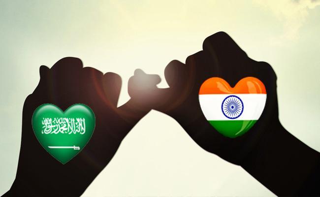 Saudi Girl Came To India For Her Lover - Sakshi