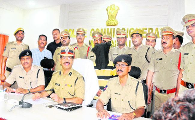 Murder Case Solved In Hasanparthi - Sakshi