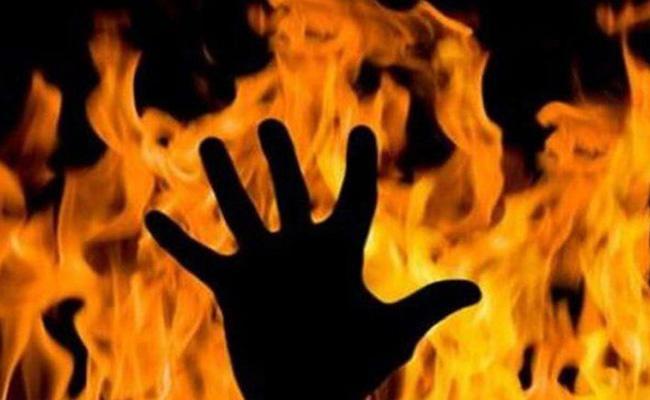 Dalit Farmer Burned Alive In Bhopal Over Land Disputes - Sakshi
