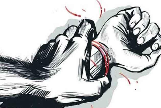 Five Women Gangraped At Gunpoint In Jharkhand - Sakshi