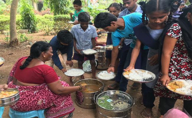 Nutritional Deficit To 21,989 Students - Sakshi