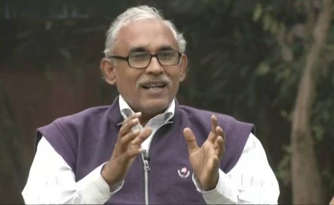 Confuse In Kashmir Over Adminstration Says BV Raghavulu - Sakshi