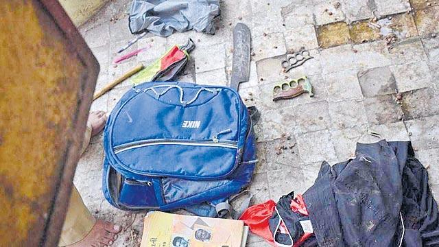 Class 9 student found murdered in school washroom in Vadodara - Sakshi