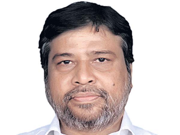 Security withdrawal to Damodar Raja Narasimha - Sakshi