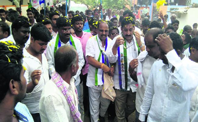 No Water In The Ponds It Is The Failure Of TDP - Sakshi
