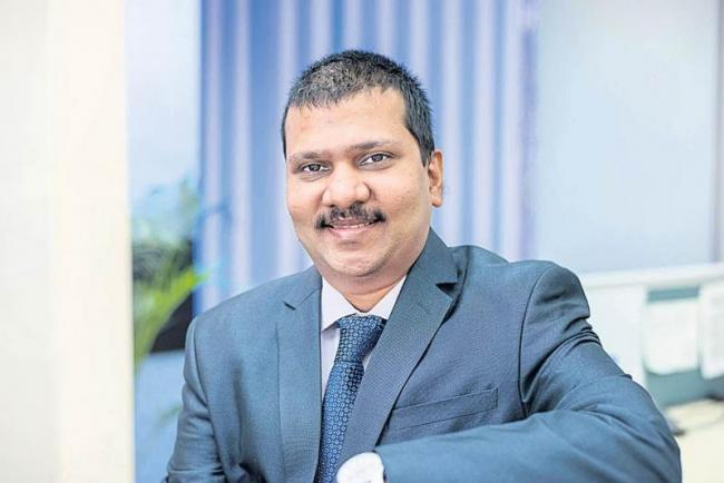 Bajaj Allianz Life hopes to grow at 29% in new premium in FY19 - Sakshi