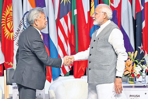Modi wants AIIB to expand financing by 10 times in next 2 years - Sakshi