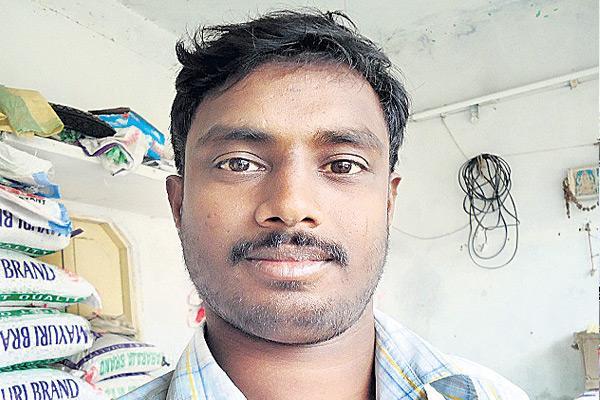 Sensation of Fake fingerprint manufacturing in peddapdalli - Sakshi