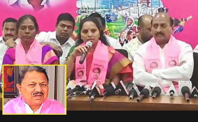 TRS Leaders Fires on MP D Srinivas - Sakshi