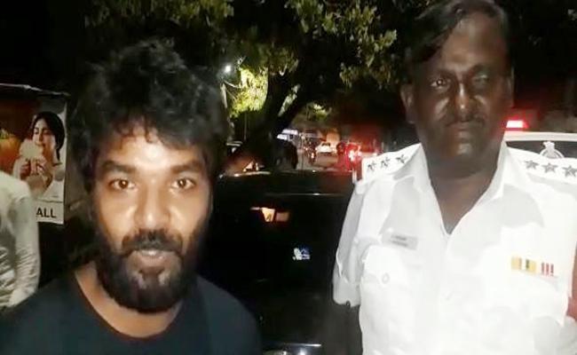 Hero Jai Oncemore Cought Traffic police for violating traffic rules Tamil Nadu - Sakshi