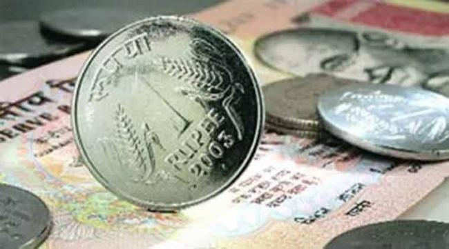 Rupee Hits All Time Low, Breaches 69 Per Dollar For First Time - Sakshi