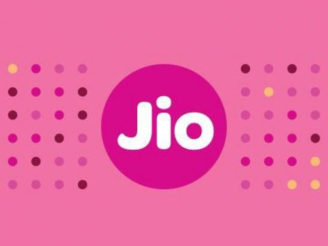 After Prepaid, Is the Jio Effect Spreading to Postpaid? - Sakshi