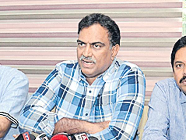 Veeramachineni Ramakrishna comments on Side effects - Sakshi