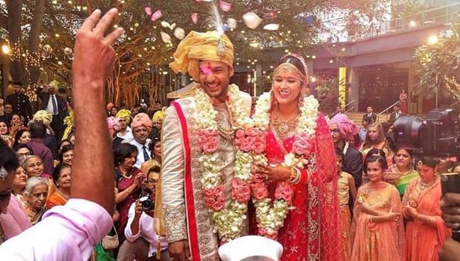 Mayank Agarwal Ties knot With Girlfriend Aashita Sood - Sakshi