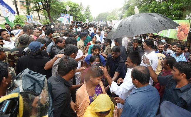 Day 182 Of Praja Sankalpa Yatra Begins - Sakshi