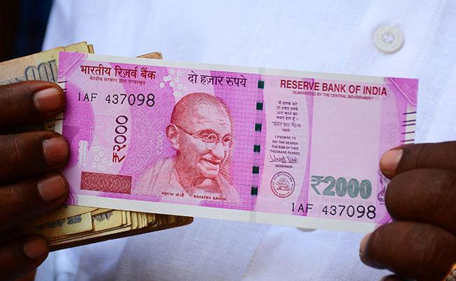 Fake Rs 2000 Indian Currency Notes In Hyderabad Markets - Sakshi