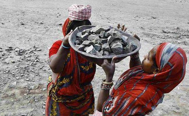 Bihar Peoples Construction Own Road - Sakshi