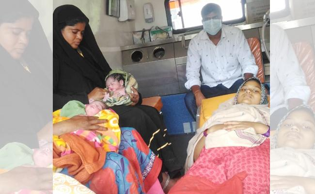Woman Give Baby Twins Birth In 108 Vehicle Chittoor - Sakshi