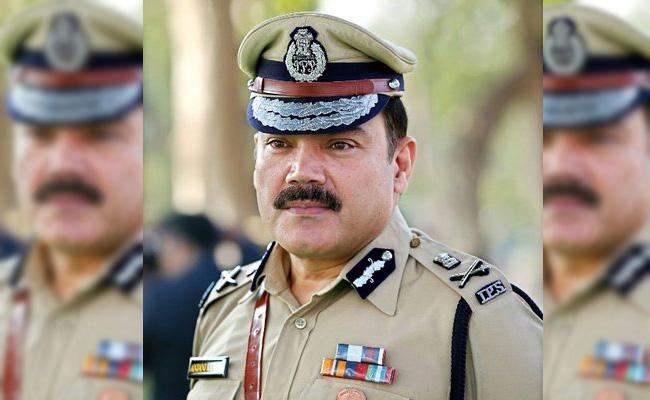 Hyderabad CP Anjani Kumar Released One More Audio Over Bike Rally In City - Sakshi
