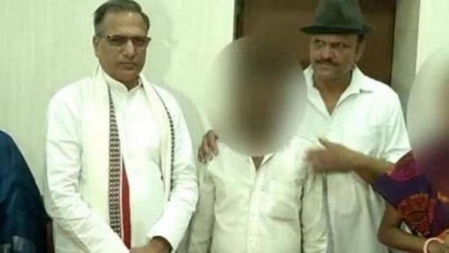 BJP mla asks Mandsaur rape victim's kin to 'thank' party MP - Sakshi