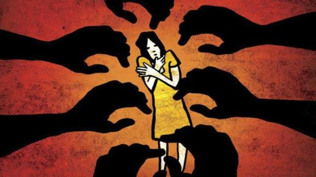 Woman In Search Of Job Gang Raped In Bhopal - Sakshi