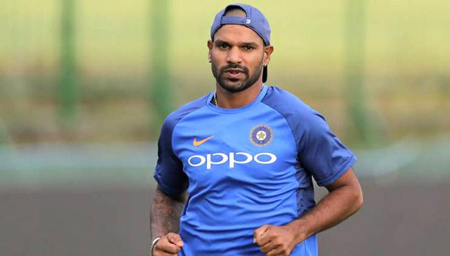 Shikhar Dhawans form the only worry for India, says Mohinder Amarnath - Sakshi