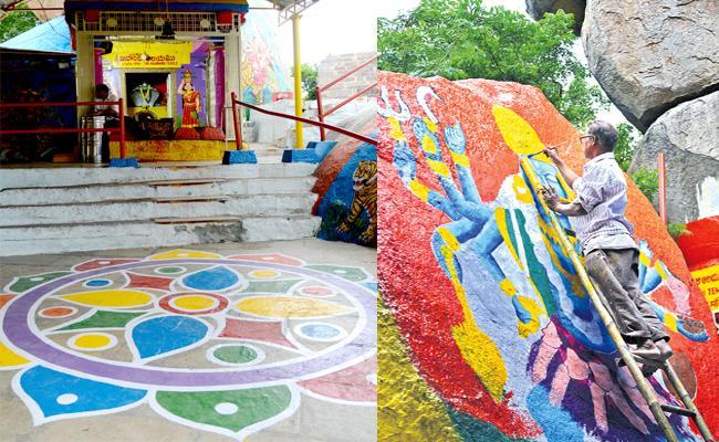 All Set For Golkonda Bonalu Festival In Hyderabad - Sakshi