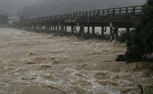 Heavy Rains In Two Telugu States - Sakshi