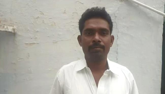 CI Attack On Sakshi Journalist In Anantapur