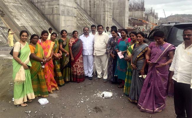 Corporaters Tour Polavaram And Papikondalu At Krishna - Sakshi