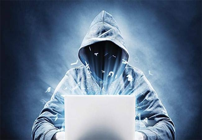 Cyber Crime Cases In Visakhapatnam - Sakshi