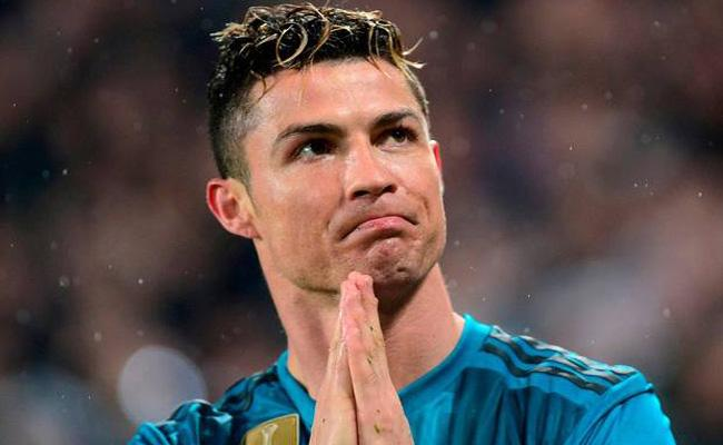 Fiat Workers In Italy Call For Strike After Juventus Buys Cristiano Ronaldo - Sakshi